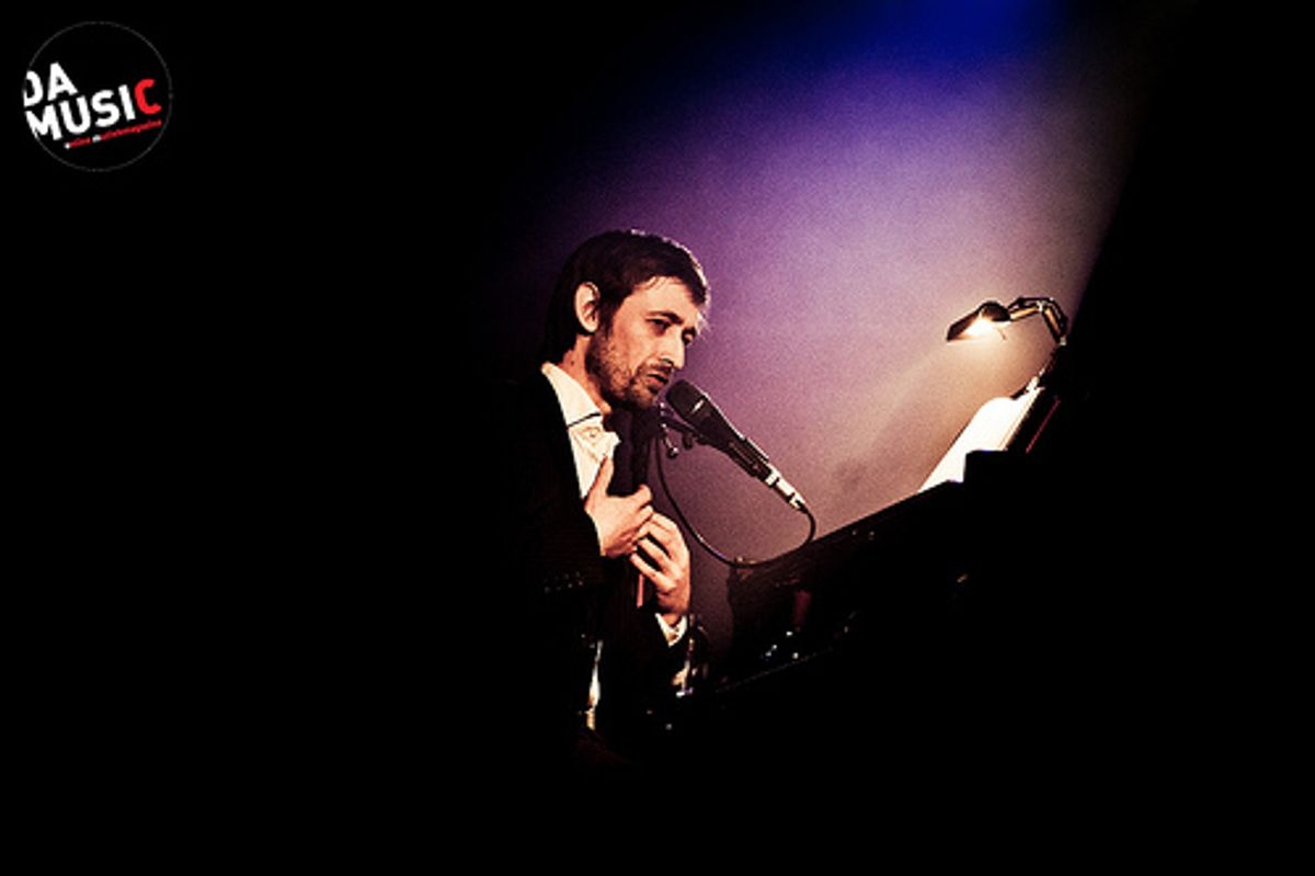 Les Nuits 2012: The Divine Comedy (an evening with Neil Hannon) - Met of zonder frivoliteiten