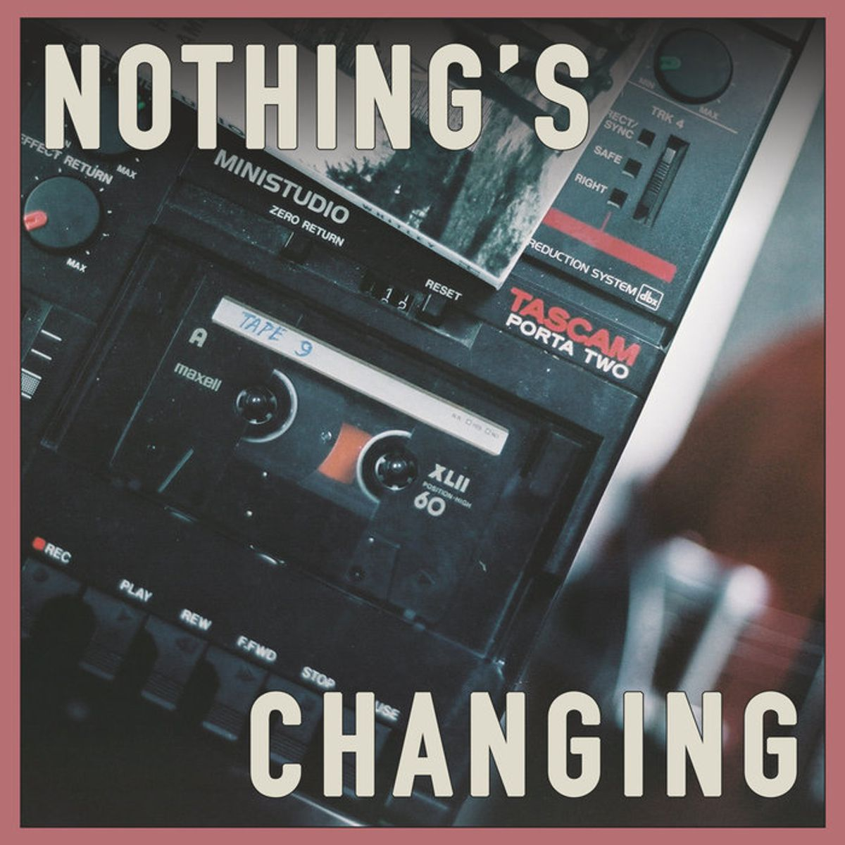 DeWolff - Nothing's Changing