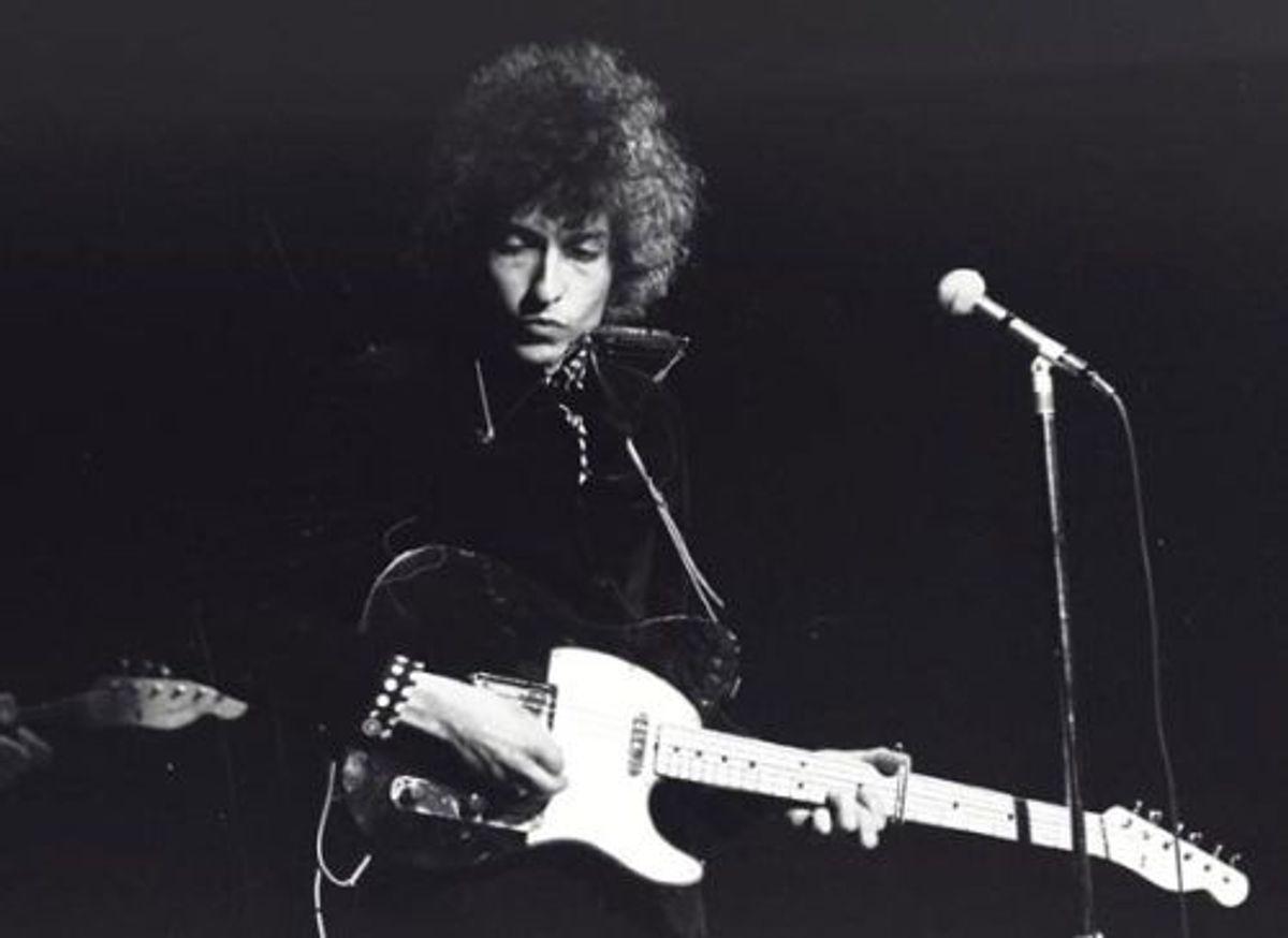 Flashback 1966: Bob Dylan wordt voor Judas verweten door fans
