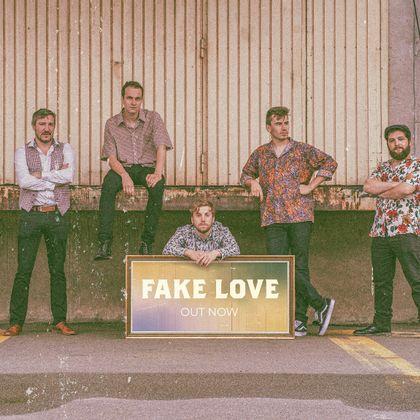 The 925 - Fake Love
