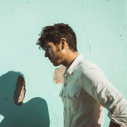 Brett Newski ft. Bony Macaroni - Dead To Me